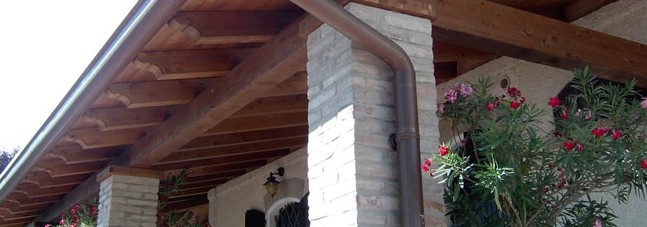 Tetti e solai in legno lamellare prokit porticati gazebo for Lamellare prezzi