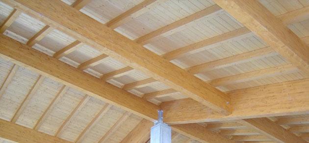 Tetti in legno kit di montaggio solai e coperture per l 39 edilizia - Tavole di legno per edilizia ...